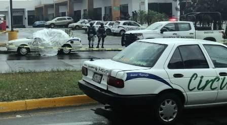 Taxista es muerto a balazos cerca de la alcaldía de Uruapan. Noticias en tiempo real
