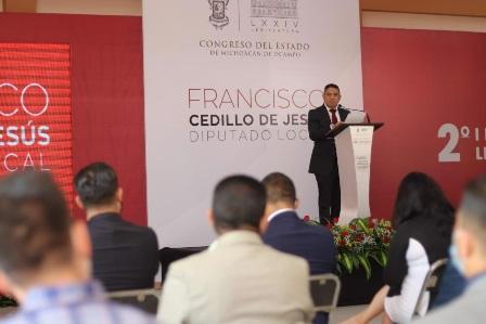 Paco Cedillo en su Informe de Actividades destaca los grandes logros en favor de los michoacanos. Noticias en tiempo real