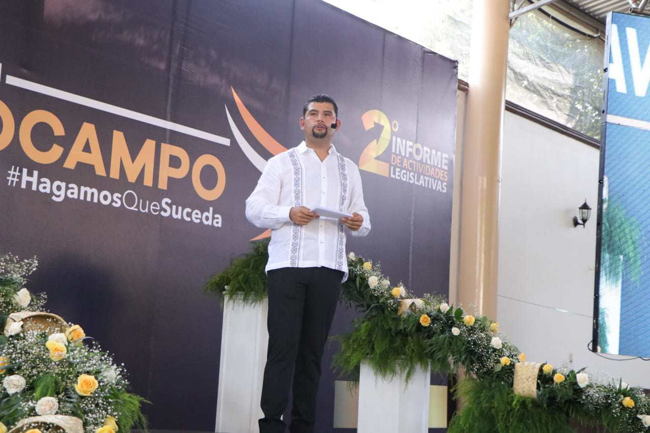 Octavio Ocampo en gestión otorgó más de 30 mil apoyos. Noticias en tiempo real